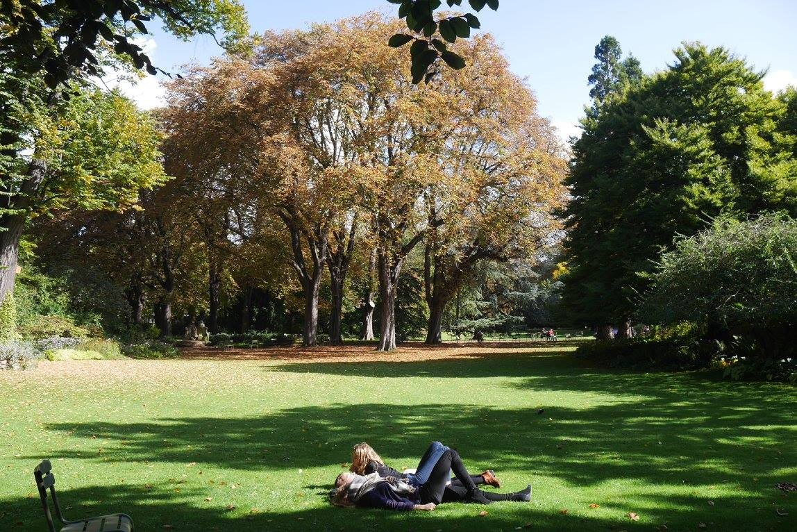 Students relaxing in Luxembourg Gardens