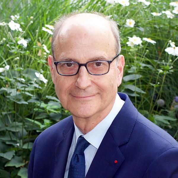 photo of Paul LeClerc (ex officio)