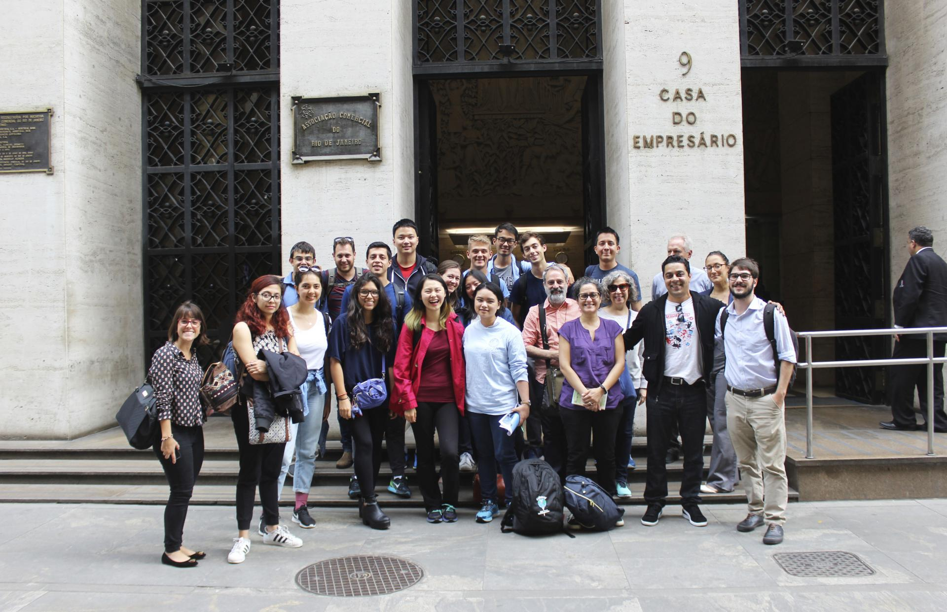 Global Scholars in front of the Rio Center's building