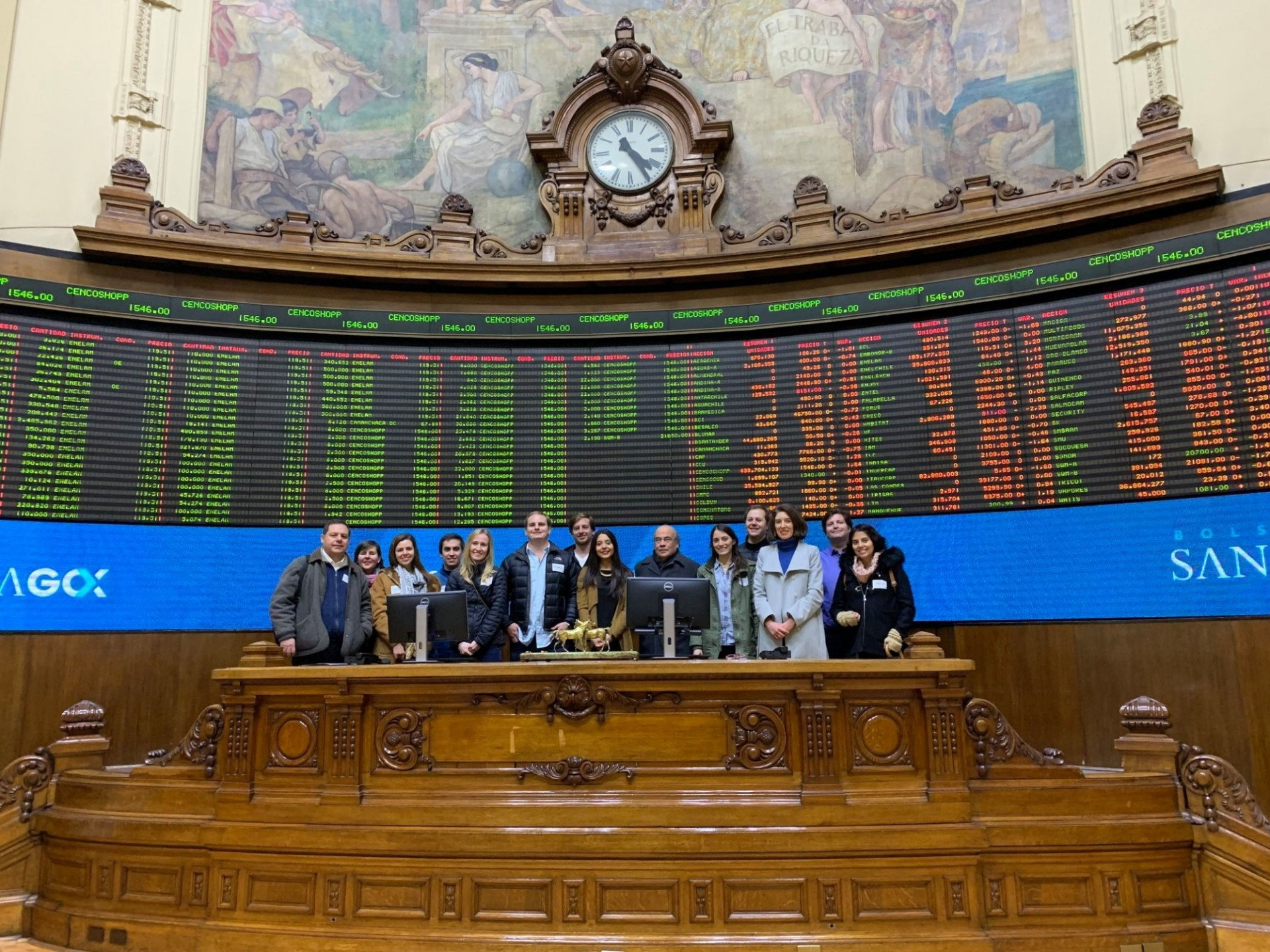 Alumni Club of Chile visits the Santiago Stock Exchange